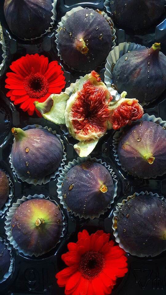 I am in deep awe of this succulent, beautiful fruit. Buying half green figs is doing an absolute disservice to yourself; try to keep a look out for the deep purple ones which are just so delicious. I eat mine with the skin on after a good wash.