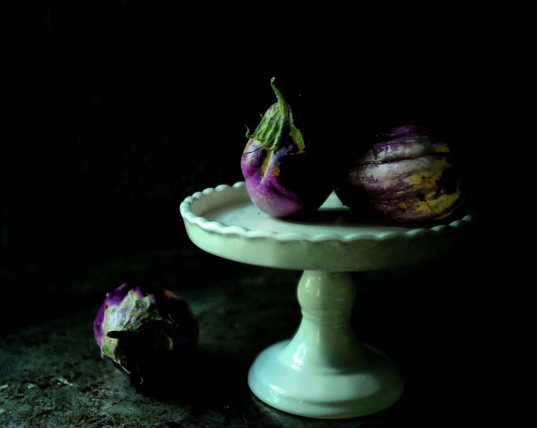 still life aubergines